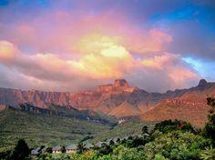 Amphitheatre (Drakensberg) Photo by Kurt Crazy-Zebra — National Geographic Your Shot