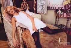 Amazing Lace Ph. Ellen von Unwerth US Vogue March 1996