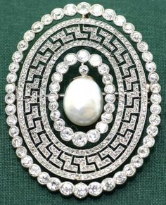 A Belle Epoque platinum, diamond and pearl brooch. #BelleÉpoque