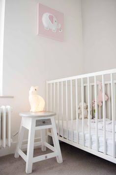 Babykamer in afwachting van nieuw bewonertje. Binnenkijken bij Marieke.