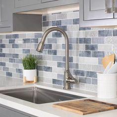 Backsplash For White Cabinets, Grey Backsplash, Grey Kitchen Cabinets, Light Gray Walls Kitchen, Backsplash Ideas, Updated Kitchen, New Kitchen, Grey Kitchen Designs, Blue Kitchen Ideas