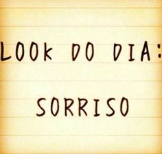 Look do dia Positive Phrases, Positive Thoughts, Minions, Quote Of The Week, Just Smile, Words Quotes, Picture Quotes, Inspire Me, Slogan