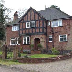 Google Image Result for http://housetohome.media.ipcdigital.co.uk/96/0000116ab/2c46_orh550w550/Exterior--Elegant--25-Beautiful-Homes.jpg