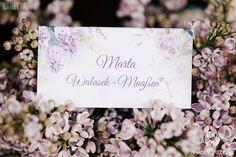 Lilac Wedding,Place card / Wesele z bzem,Winietka,Anioły Przyjęć Wedding Places, Wedding Place Cards, Lilac Wedding, Place Card Holders, Wedding Reception Venues, Wedding Venues, Wedding Seating Signs