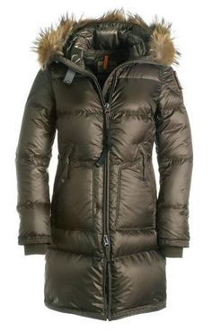 Parajumpers Women is your best Parka in cold winter. Parajumpers Jacket Sale online can offer