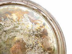 Round metal tray silver chiseled vintage by LeGrenierDeFrancine