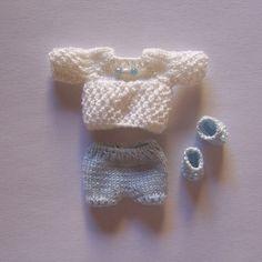 Taki set, może z innym sweterkiem.