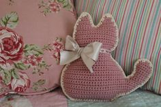 Kitty-Cat Mini Cushion: A Crochet PDF Pattern