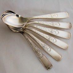 Antique Reed & Barton Silverplate Italian Pattern Demitasse Spoons, Set of 6 from Antik Avenue on Ruby Lane www.rubylane.com/shop/antikavenue #antiquesilver #demitasse #Italian #reed&barton Sold!