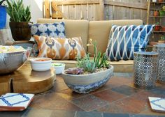Sara Stoner from The By & By created a smart, yet casual Southwestern style patio to suit an Austin backyard.