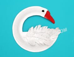 "Paper Plate Swan Kid Craft~  Even the ""feathers"" are made from the paper plate.  Love this!"