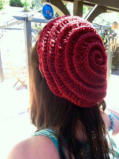 "Free crochet hat pattern for this ""Twizzler"" spiral stitch hat by Charlotte Yue"