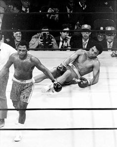 """In the Fight of the Century, """"Smokin Joe"""" Frazier became the first man to defeat Muhammad Ali. Frazier confidently heads for neutral corner after knocking out Muhammad Ali in the round at Madison Square Garden. The decision was unanimous on that day in Bernard Hopkins, Mike Tyson, Kickboxing, Bon Sport, Muay Thai, Sports Illustrated, Jiu Jitsu, Muhammad Ali Boxing, Smokin Joes"""