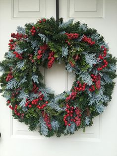 Red Berries & Blue Juniper Berry and Lush Greens Wreath Wall Christmas Tree, Christmas Wreaths, Beautiful Christmas Decorations, Holiday Decor, Orange Sunflowers, Straw Wreath, Juniper Berry, Green Wreath
