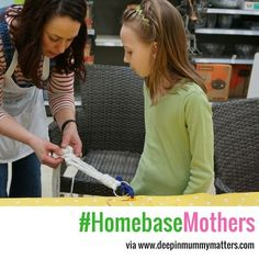 Not sure what to buy Mum for Mother's Day? Why not go for the personal touch and make her something instead. She will love it and you can have fun in the process. Last Saturday we went to a #HomebaseMothers workshop @homebase_uk with @teaandcrafting to do some pretty and inexpensive DIY craft projects. Pop over to the blog (link in bio) to find out more. #mothersday #crafting #diyforeveryone #DIY #howto