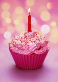 pink birthday cupcake Birthday Freebies: Happy Birthday to YOU! Happy Birthday Cupcakes, Birthday Cake With Candles, Happy Birthday Quotes, Pink Birthday, Happy Birthday Greetings, Birthday Balloons, Birthday Greeting Cards, It's Your Birthday, Sunshine Birthday