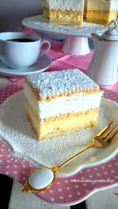 Kremówka Napoleons Recipe, Custard Slice, Italian Pastries, Polish Recipes, Vanilla Cake, Nom Nom, Delish, Cheesecake, Good Food