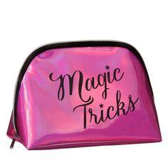 283413-Fabulous-Make-Up-Bag-magic-tricks
