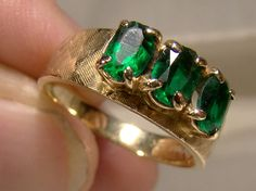 10K Green Tourmaline 3 Stone Row Ring Size 7 Antique Items, Antique Jewelry, Long Sleeve Evening Gowns, Green Tourmaline, Modern Jewelry, Vintage Rings, The Row, Wedding Bands