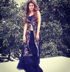 Jenny Indian Dresses, Indian Outfits, Ethnic Outfits, Choli Dress, Stitching Dresses, Dress Neck Designs, Kurti Designs Party Wear, Special Dresses, Mode Hijab