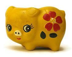 SUR la vente de la tirelire. Tirelire cochon jaune. Childrens Money Safe.