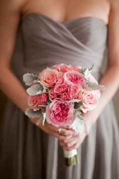 Love the bridesmaid dress and flower color combo