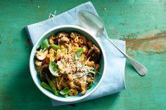 Handig: de pasta en kruidenmix zitten bij elkaar in het zakje. Supersnel klaar dus! - Recept - Allerhande