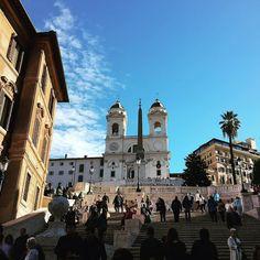 La bellezza di Roma.  #trinitadeimonti #roma #italia #loveisanowl