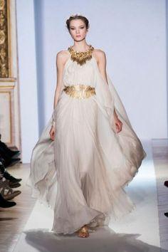 Vestido de noiva dourado, de Zuhair Murad. Foto: Zuhair Murad