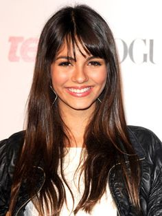 Victoria Justice Hairstyles - September 18, 2008 - DailyMakeover.com