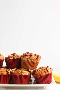 Tender perfectly sweet banana muffins studded with walnuts! Easy to make in just 1 bowl plus entirely vegan and gluten-free! Vegan Banana Muffins, Gluten Free Banana, Banana Bread, Gluten Free Desserts, Vegan Desserts, Dessert Recipes, Minimalist Baker, Baker Recipes, Sem Lactose