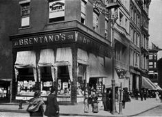 The exterior of Brentano's Bookstore, which was founded as an independent bookstore in New York City in 1953. It later became part of Waldenbooks, then Borders.