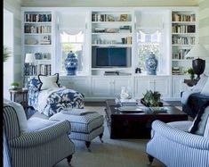 48 Impressive French Country Living Room Design To This Fall Ideas - Home Design - Curtain French Country Living Room, Formal Living Rooms, Living Room Designs, Coastal Living Rooms, Blue And White Living Room, Country Living Room Design, House Interior, Country Living Room, Blue Rooms