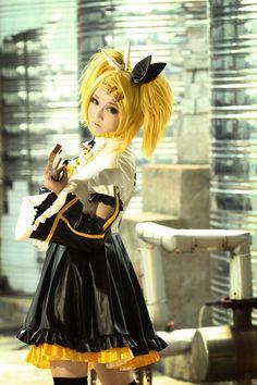 Kagamine Rin | Vocaloid #cosplay