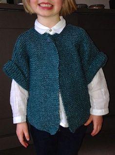 Tricoter un Gilet Manches Courtes taille 4-6 ans, hyper fastoche et hyper rapide, aiguilles 6.5, 4 pel de 50g. explications sur Une semaine à Paris-Forêt. Slouchy Beanie, Pinterest Blog, Knitting Patterns, Knit Crochet, Men Sweater, Free Pattern, Pullover, Sweaters, Clothes