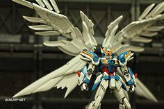 RG 1/144 Wing Gundam Zero EW: Modeled by Aldrin Santos (Philippines) Photo Review http://www.gunjap.net/site/?p=272379