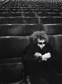 "superblackmarket: "" Bob Dylan at sound check at Royal Albert Hall photographed by Barry Feinstein, 1966 "" Bob Dylan, Like A Rolling Stone, Rolling Stones, El Rock And Roll, Idole, Minnesota, Ringo Starr, Janis Joplin, Paul Mccartney"