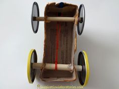 to Make a Rubber Band Powered Car Rubber Band Powered Car AxlesRubber Band Powered Car Axles Steam Activities, Activities For Kids, Crafts For Kids, Summer Crafts, Car Axle, Rubber Band Car, Force And Motion, How To Make Toys, Science For Kids