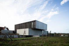 Project gevelbekleding - Afrormosia Domino in Kortrijk - Realisaties - Woodstoxx