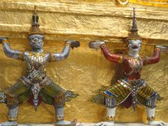 Temple guardians, Grand Palace, Bangkok, Thailand. Photo: Pat Hinsley