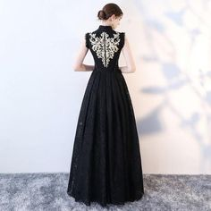 Chic A-line High Neck Black Tulle Lace Modest Prom Dress Evening Dress Homecoming Dresses, Bridesmaid Dresses, Tulle Lace, Formal Gowns, Alternative Fashion, Beautiful Dresses, Evening Dresses, Party Dress, Fashion Ideas