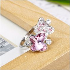 Add the beauty of the butterfly to your tender fingers. https://www.aurioncrystals.in/shop/rings/butteryfly-ring.html