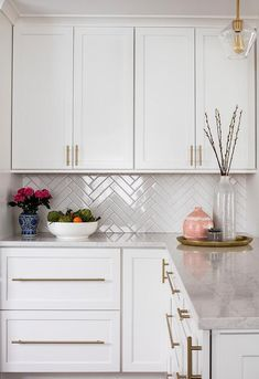 white kitchen with gold backsplash and herringbone backsplash,white kitchen with gold backsplash and herringbone backsplash Raise Your Space With New Kitchen Decoration Your kitchen could be an operating room in . Kitchen Room Design, Modern Kitchen Design, Home Decor Kitchen, Kitchen Interior, Home Kitchens, Interior Modern, Interior Design, Home Design, Design Ideas