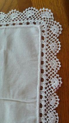 How to Crochet Wave Fan Edging Border Stitch Crochet Boarders, Crochet Lace Edging, Crochet Trim, Filet Crochet, Diy Crochet, Crochet Doilies, Hand Crochet, Crochet Potholder Patterns, Yarn Crafts