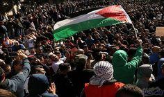إصدار إحصائية تفصيلية لقتلى مسيرة العودة الكبرى منذ انطلاقها 20 آذار: أصدرت وزارة الصحة الفلسطينية في غزة إحصائية تفصيلية لمسيرة العودة…