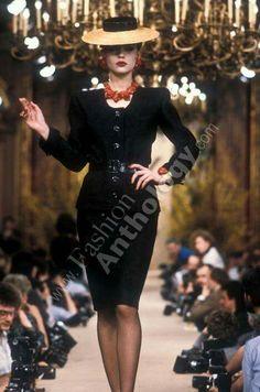 Yves Saint Laurent | Spring 1986