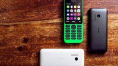 지금은 마이크로소프트의 소유가 된 노키아의 새로운 폰 Nokia 215. 배터리가 29일가고 전화, 메신저, 웹브라우징, 페이스북, 트위터 되고 추가 sd카드도 장착 가능! 가격은 단돈 $29. 쓰진 않더라도 갖고싶다..귀엽게 생겼네.