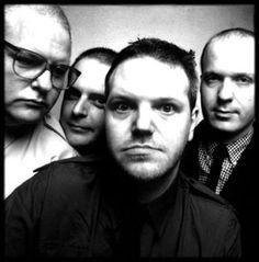 Cardiacs Official Website » Live Reviews - London LA2 2000
