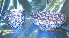 ANTIQUE FABULOUS FLOW BLUE PITCHER & BOWL Vintage White & Blue water basin set
