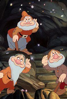 38 Ideas For Disney Art Snow White Seven Dwarfs Walt Disney, Disney Pixar, Disney Cartoons, Disney Art, Disney Characters, Retro Disney, Vintage Disney, Disney Love, Et Wallpaper